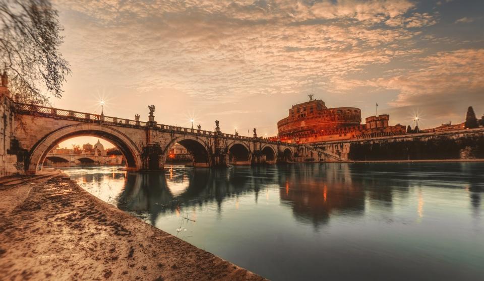 Castelo Santo Ângelo - Roma - Itália [ Ver imagem original ]